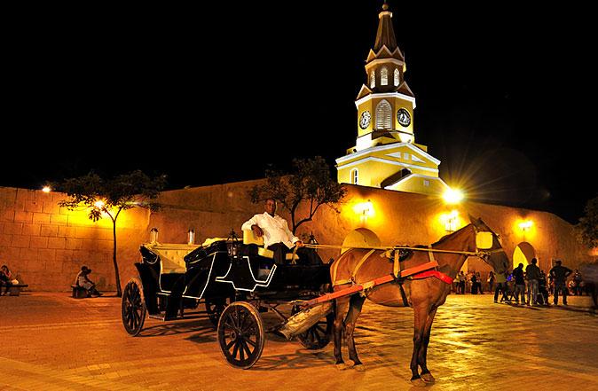 Paseo en Coche - Hoteles en Cartagena